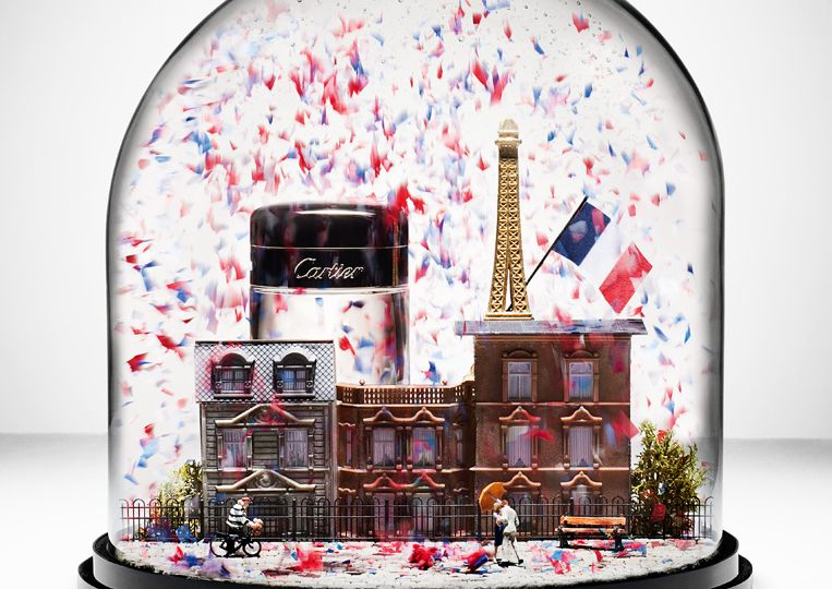 Andy_Barter_Snow Globe Paris BOOK_Cartier