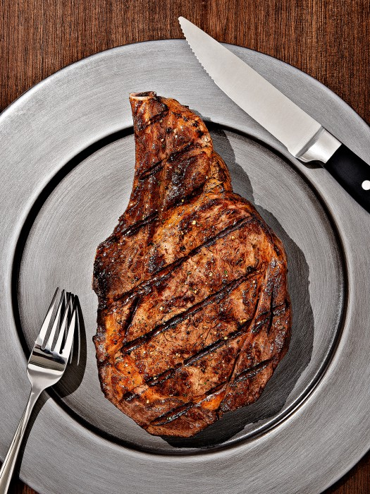 clintblowers_atedge_chicago_mag_steak-1